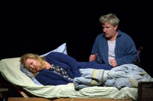 Am Samstag ist Premiere im Schlosspark Theater! MISERY- Kriminalstück in zwei Akten von Simon Moore nach dem gleichnamigen Roman von Stephen King.