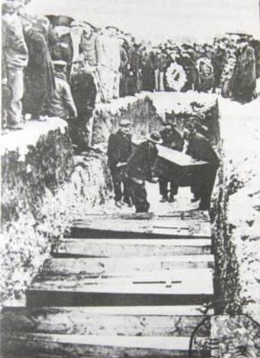 catastrophe de Courrières - Mars 1906 - 1 219 morts :  la fosse commune