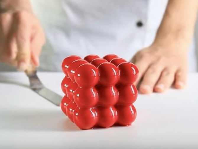 Geometric 3D-printed cake molds look tasty squared [VIDEO] | via @cnet #Food #Dessert #3DPrinting