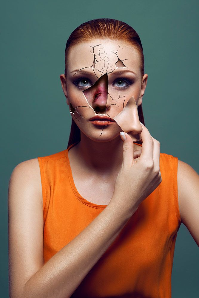 Violent Beauty Photography : beauty project with a social message domestic violence awareness