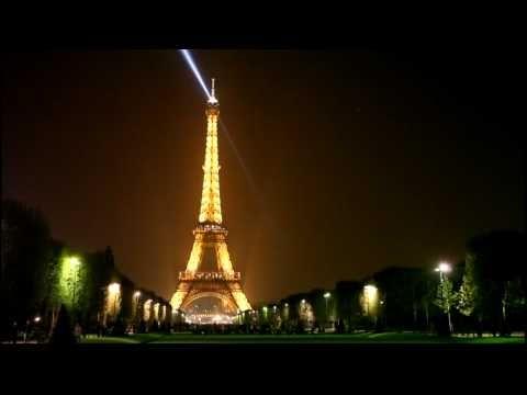 Beautiful South - Les Yeux Ouverts ~ Great video for showing La Tour Eiffel, les Champs Elysees, la Ville lumiere