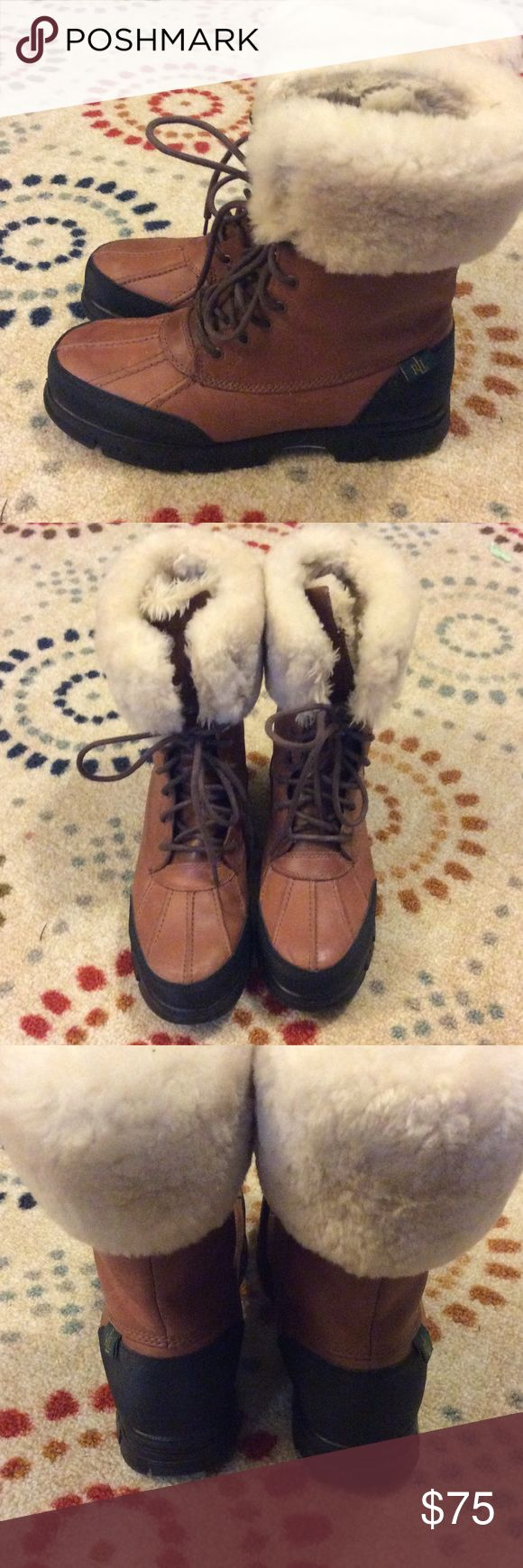 🌺Womens Ralph Lauren Polo Boots w/ Fur🌺 Ralph Lauren Polo boots with fur are in great condition. Leather. Polo by Ralph Lauren Shoes Winter & Rain Boots