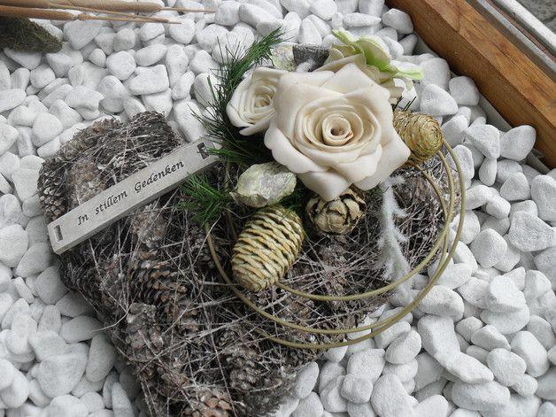 Weiteres - Grab Gesteck Allerheiligen Herz Weiß - ein Designerstück von Die-Ideenschmiede bei DaWanda