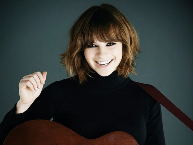 Gabrielle Aplin - this hair cut!