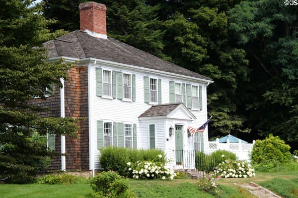 Federal Style Home With Enclosed Portico Front Porch Ideas - Colonial portico front entrance