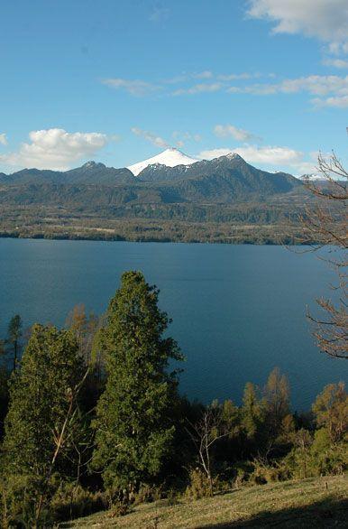 Vista del lago Panguipulli - Panguipulli
