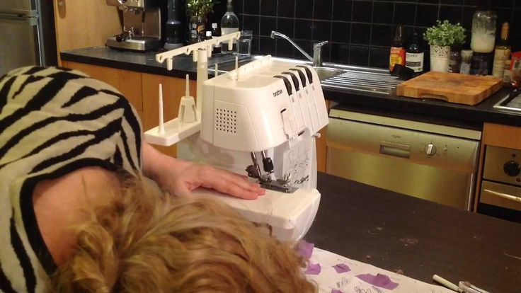 Brother 3034D overlocker serger repair. How to put it back together.