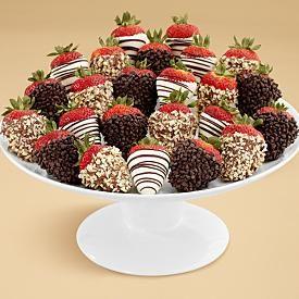 yummy idea for party: Idea, Engagement Parties, Gourmet Dips, Shari Berries, Dozen Gourmet, Chocolates Covers Strawberries, Chocolates Dips, Dips Strawberries, Dips Fancy