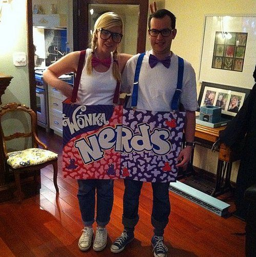 Nerds can be cute and sweet too with this costume. What you need to do: To create the nerd boxes, use cardboard. Paint the boxes with the Nerds logo using paint or colored markers. Dress up like nerds with suspenders and geeky glasses.  Source: Instagram user krysfen88