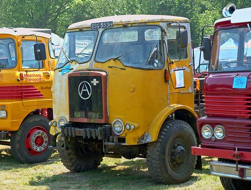 SSG 553H 1970 Atkinson Wrecker at the Tinker's Park Steam Traction Rally