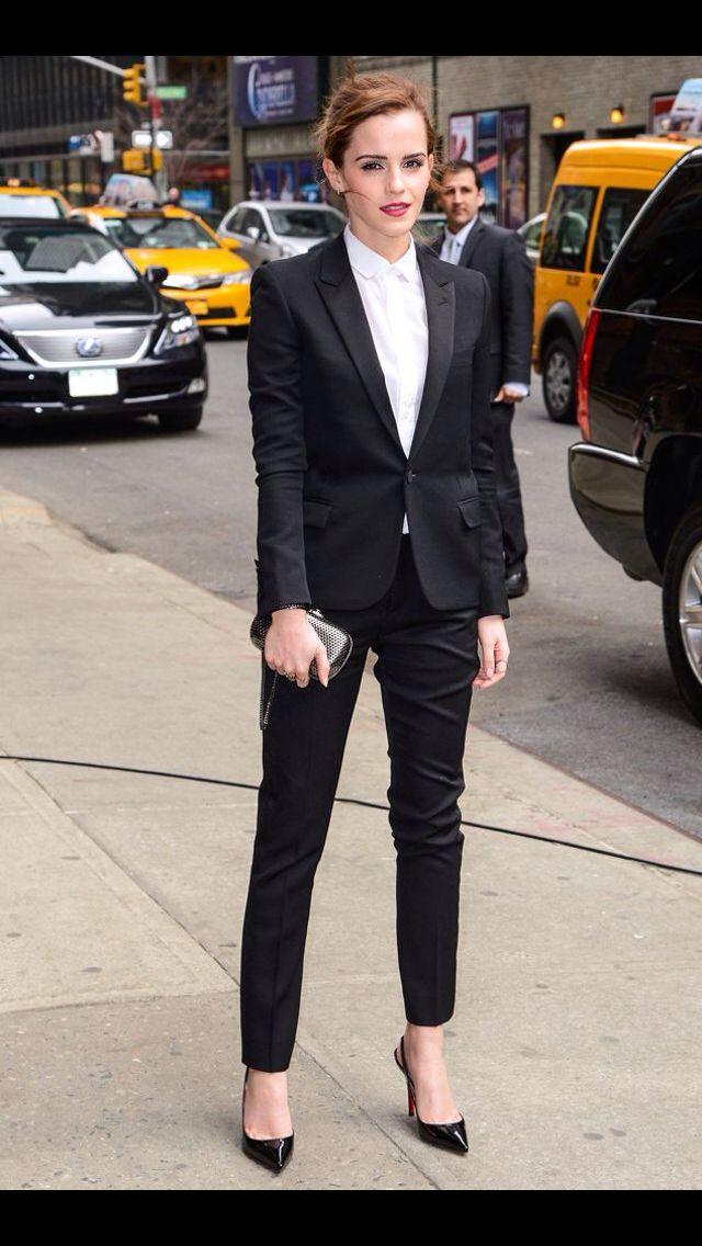 Female Celebrity Fashion Suits, Designer Celebrity ...