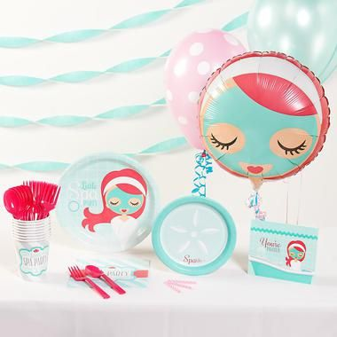 Create a relaxing party for your little girl and her friends with this Little Spa Party Basic Party Pack! The pack for 8 includes: 8 invitations, dinner plates, dessert plates, cups, forks, spoons, 16