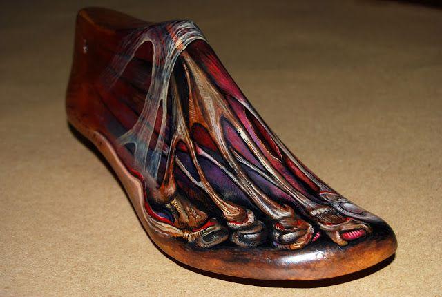 "George Eliades painting & jewellery: Anatomy, 2012 oil on old wooden shoe tree - ""Ανατομία"" 2012, λάδι σε παλιό ξύλινο καλαπόδι"