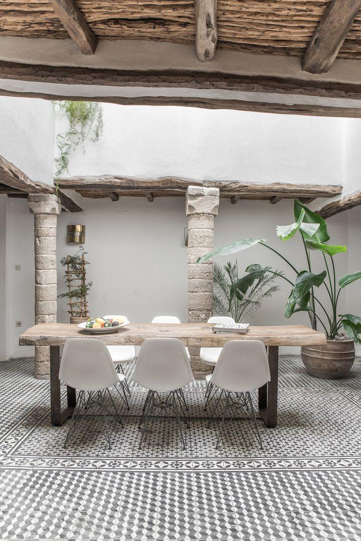 5 columns in Morocco 20 best Oriental