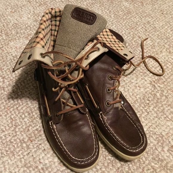 Women's Sperry Boots New without box Sperry high top/ boots. They are size 6.5 and in mint condition! Sperry Top-Sider Shoes Lace Up Boots