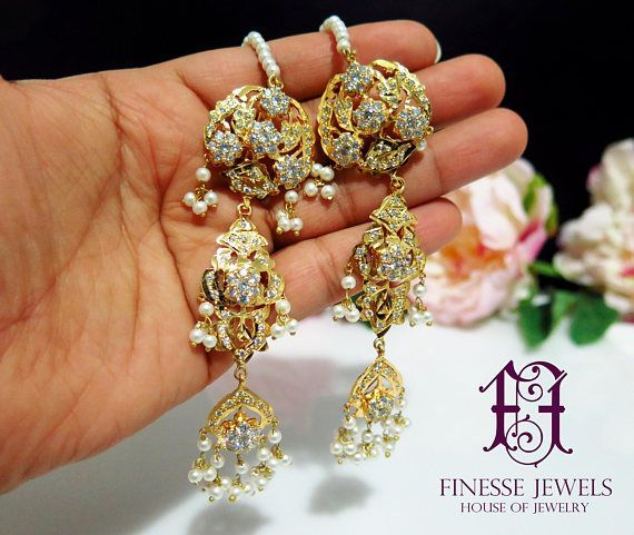 Kashees Jadau Hyderabadi Earrings,Pakistani Jewelry, Nizami Earrings, Indian Earrings, Jadau Earrings  Ready to Ship  Beautiful Kashees Bridals Inspired Rajputana and Nizami Earrings Pair will beautify any Formal or Semi Formal Dress. Gold Plated Intricately designed lovely long #GoldJewelleryFormal