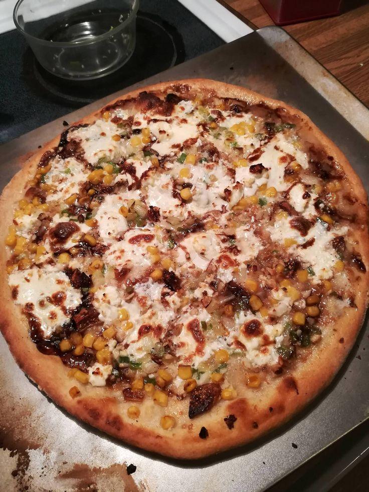 [homemade] creme fraiche fig corn green onion and gosr cheese pizza with sourdough crust