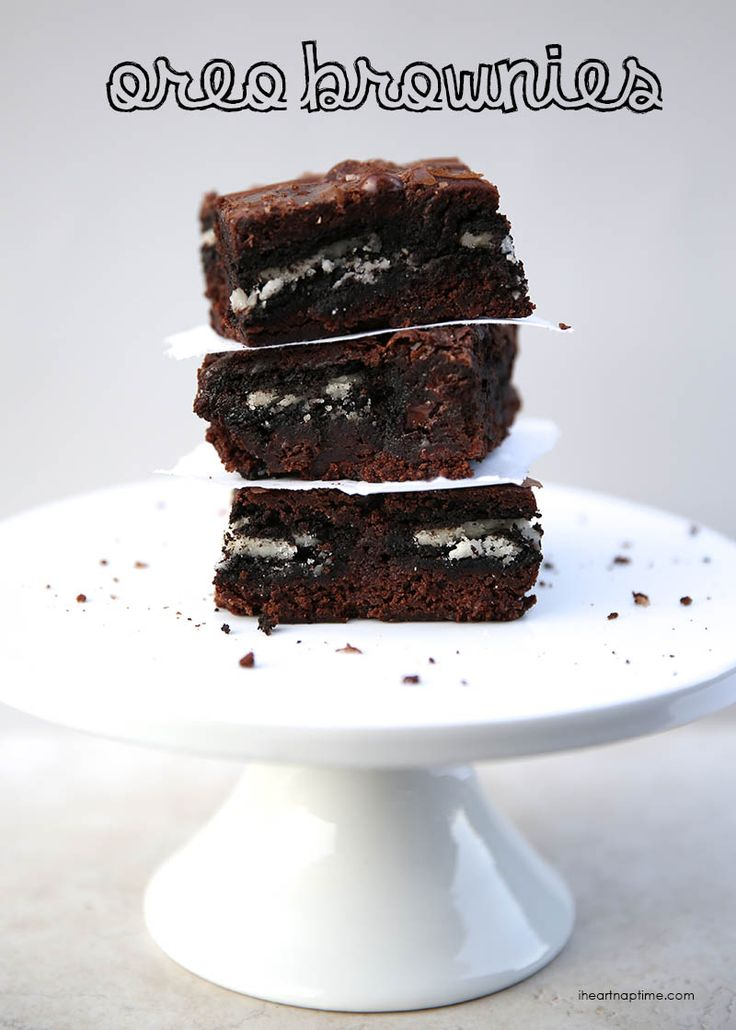 OREO brownies from iheartnaptime.com ... you won't believe how easy this recipe is! Such an easy and yummy recipe!
