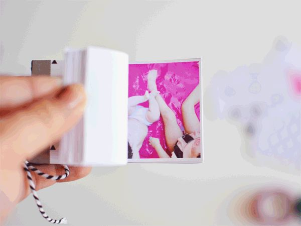 DIY-Photo-Flip-Book-using-Instagram-Photos