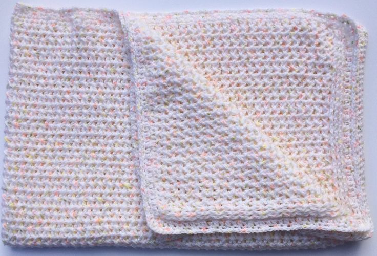 White with Apricot Speckled Vintage Style Cot Blanket for Baby
