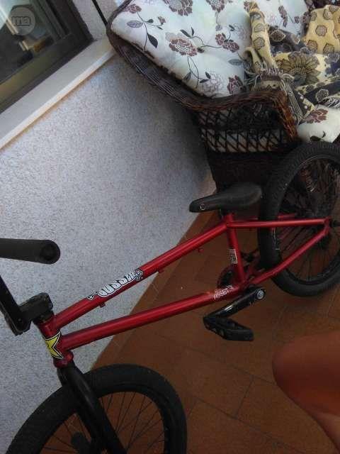 MIL ANUNCIOS.COM - Bmx. Compra venta de bicicletas: montaña, carretera, estáticas, trek, GT, de paseo, BMX, trial, bmx en Almería y cerca
