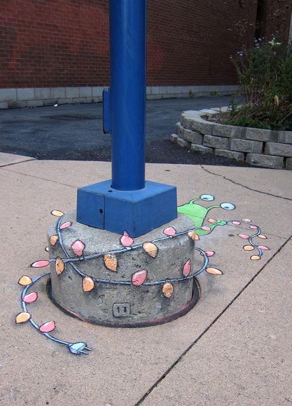 70+ Sidewalk Chalk Art Of Sluggo By David Zinn | Amazing Street Art Collection http://restreet.altervista.org/le-divertenti-creature-di-david-zinn/