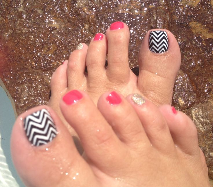 Toe Nail Salon Game For Fashion Girls Foot Nail Makeover: Best 25+ Chevron Toe Nails Ideas On Pinterest