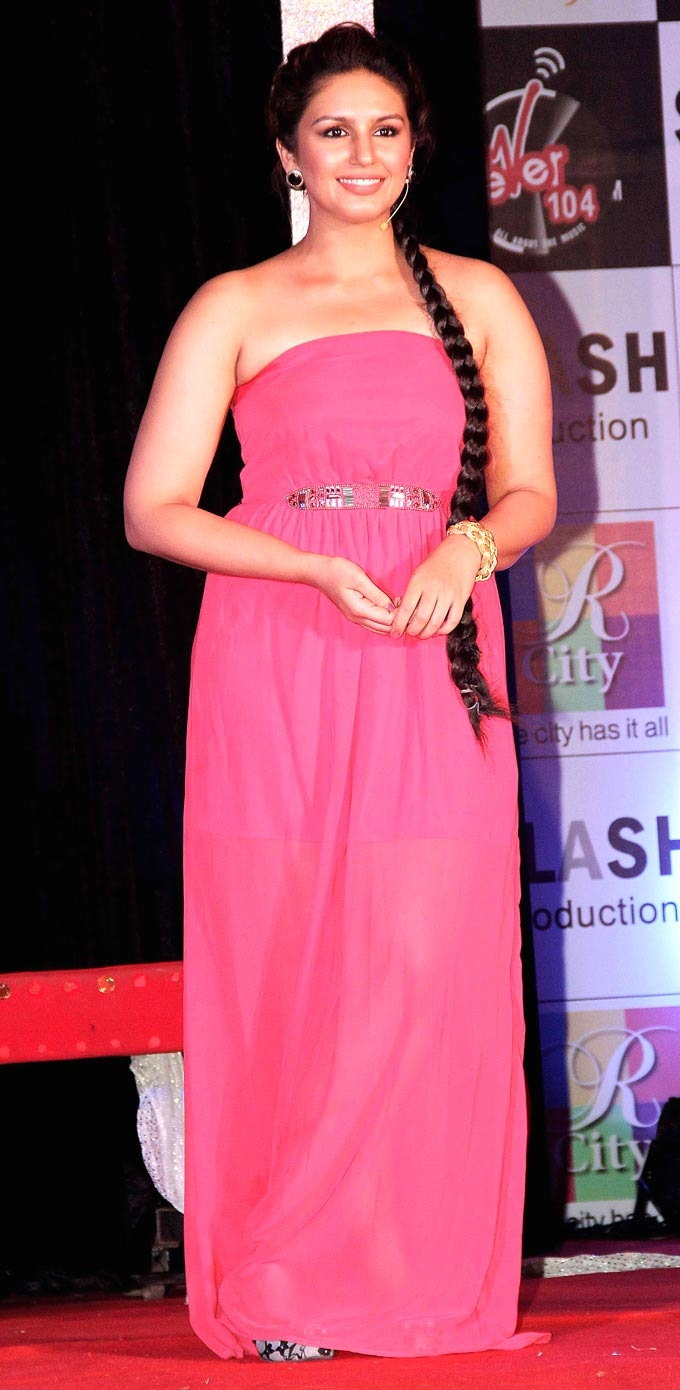 Huma Qureshi promotes Ek Thi Daayan #Bollywood #Fashion