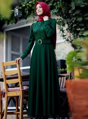 Deri Detaylı Asil Elbise- Zümrüt- Gamze Polat