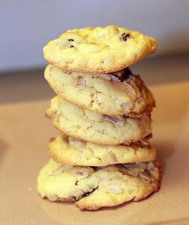 i love cake mix recipes - Oatmeal Raisin cookies