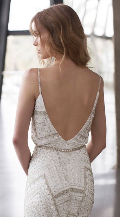 backless wedding dress #bridal chic #style #fashion