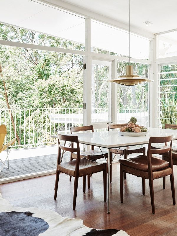 The Avalon home of Louise and Graeme Bell and family. Photo – Eve Wilson, production – Lucy Feagins / The Design Files.
