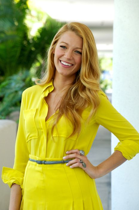 Bright yellow on yellow, on Blake Lively