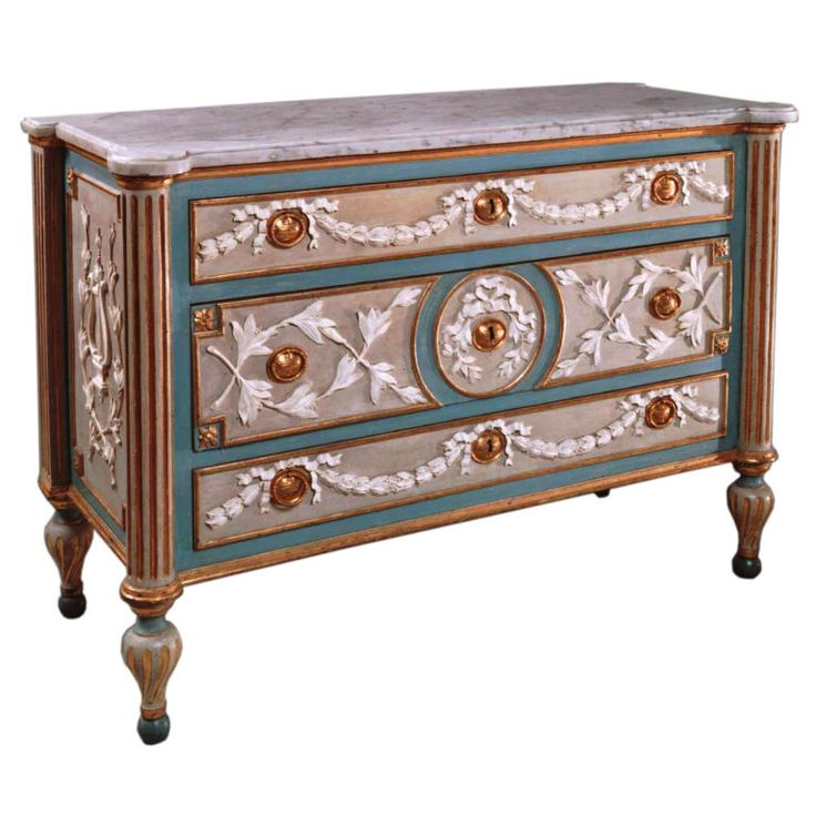 Painted And Parcel Gilded Wood Commode With Gilded Bronze Mounts | 1stdibs.com
