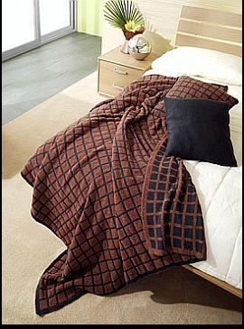 Graziano Della Libera: produzione artigianale di plaid in maglia con filati pregiati