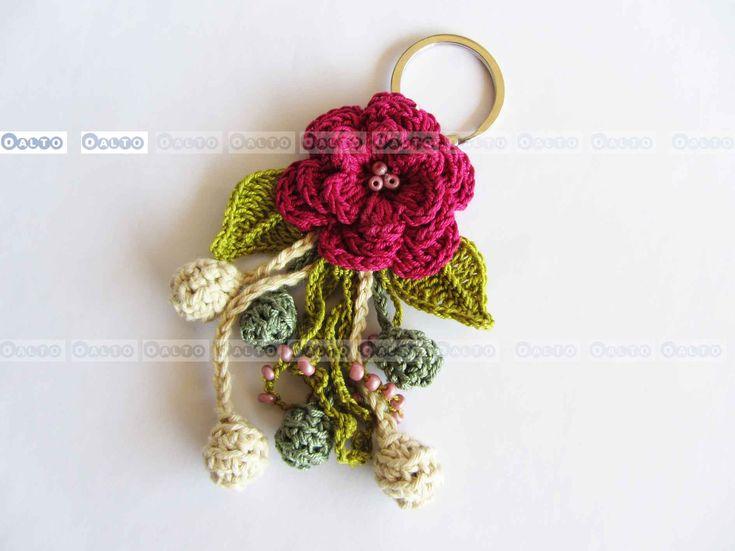 Crochet Llavero: Crochet Toys, Crochet Flower, Complement Ganxet, Llaveros Crochet, Accesorios Textiles, Para Hacerlo, Mercadinho Natal, Crochet Llaveros, Cositas Linda