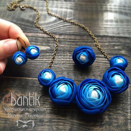 Комплекты украшений ручной работы. Ярмарка Мастеров - ручная работа. Купить Синий цветочный комплект из полимерной глины. Handmade.