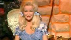 """Gunilla Hutton Hot   Sonny James - """"Runnin' Bear"""""""