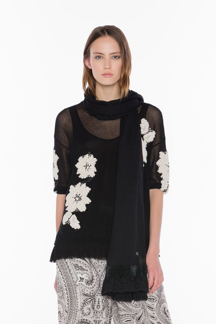 TWIN-SET Simona Barbieri, 2016 Summer collection: woven knit jacquard top flower embroidery effect with georgette top with flounce, cashmere print twill palazzo pants and scarf with lace.