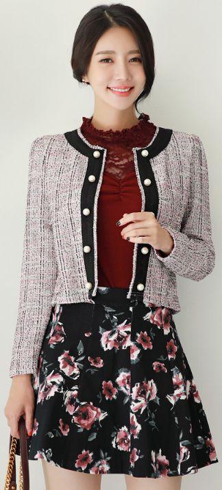 StyleOnme_Floral Print Flared Mini Skirt #feminine #floral #flower #skirt #koreanfashion #kstyle #kfashion #falltrend