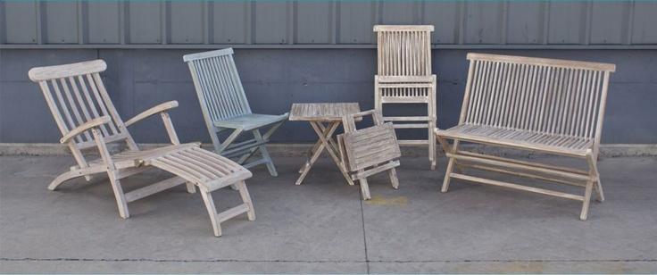 Sillas y sillones de madera de Teca plegable con terminación en albayalde.  www.amoble.cl