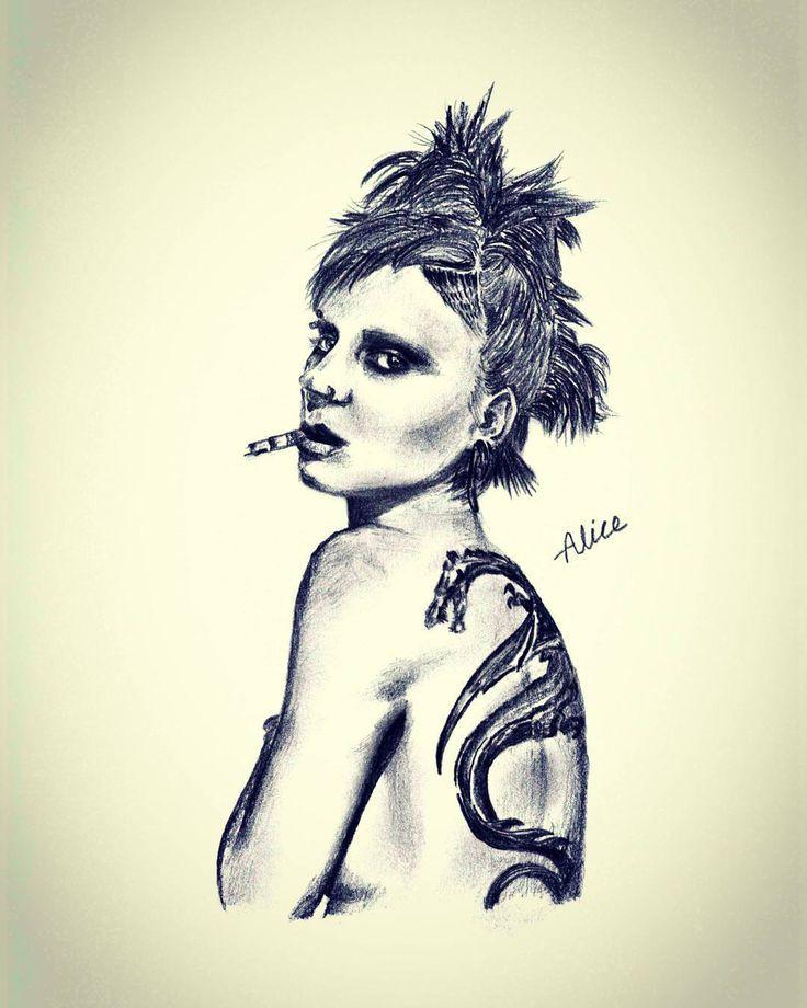 #looneymara #thegirlwiththedragontattoo #lisbethsalander #stockholm #pencildrawing #sketch #doodle