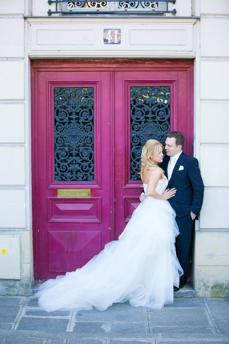Photography: One & Only Paris Photography And Le Secret D'Audrey - oneandonlyparisphotography.com/blog/  Read More: http://www.stylemepretty.com/destination-weddings/2015/02/09/romantic-parisian-destination-wedding/