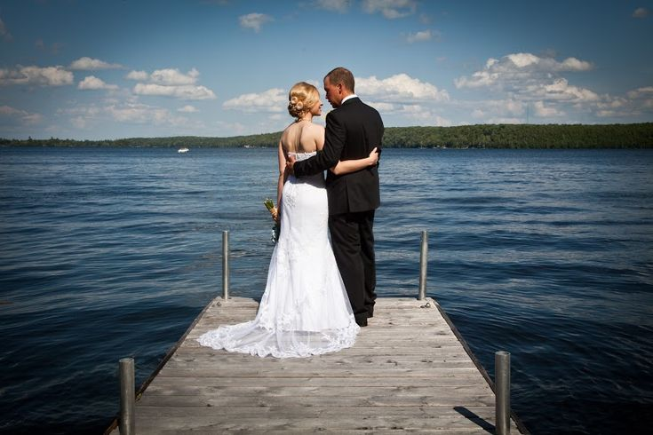 Weddings on Lower Buckhorn Lake