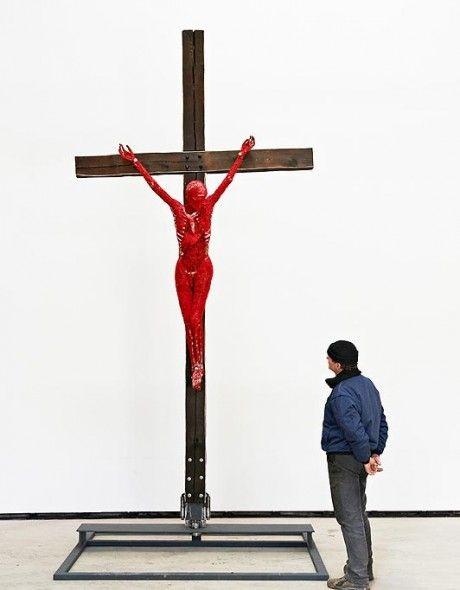 Crucifixtion by gunther von hagens