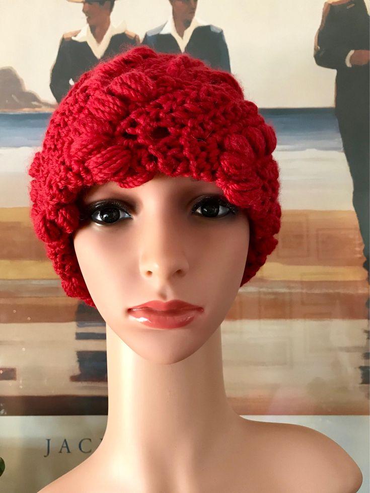 """Sono felice di condividere l'ultimo arrivato nel mio negozio #etsy: Berretto """"Ciliegie a Natale"""" http://etsy.me/2DeeftJ #accessori #cappelli #cappello #berretto #rosso #coloricaldi #hat #wool #lana"""