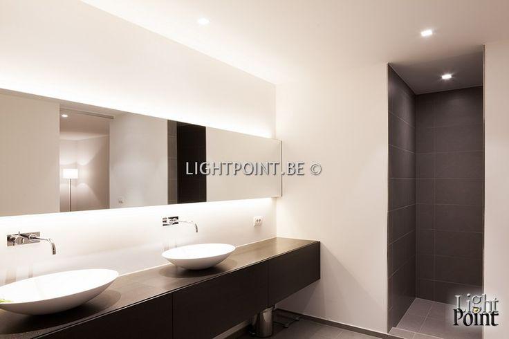 badkamerverlichting aan spiegel