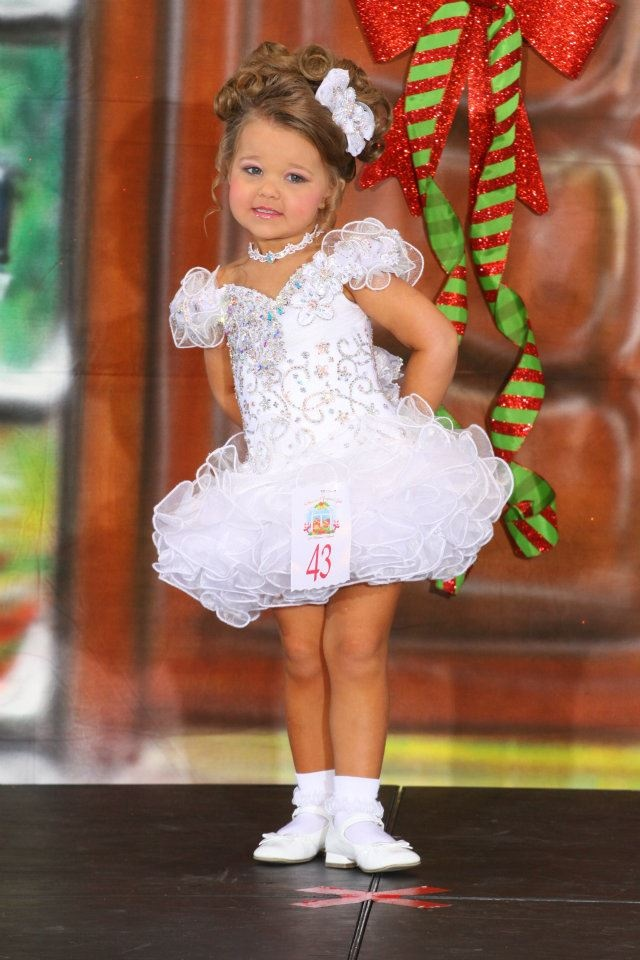Little girl short pageant hairstyles that interrupt