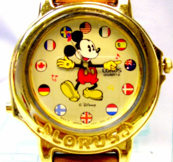Mickey Mouse Watch  Musical Lorus / Seiko Small World Song Vintage Disney