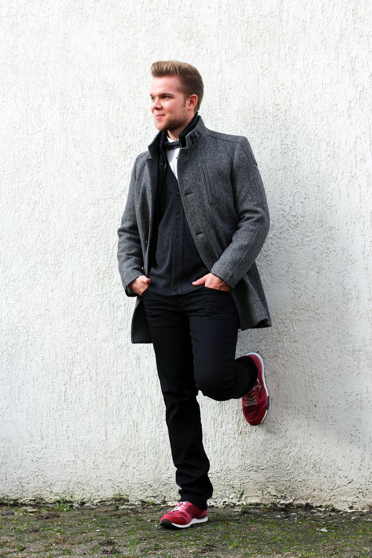 Outfit der Woche! Mantel: Cinque – Jeans: PME Legend – Cardigan: Marc O'Polo - Hemd & Fliege: Olymp #fashion #ootw